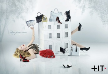 """+IT, """"Dreams"""". Headline """"Room for your dreams"""". CW Beatrice Furlotti, AD Pinky Mascetti, CD Bruno Bertelli."""